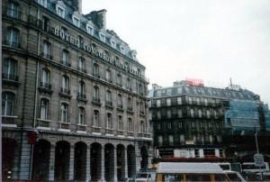 サン・ラザール駅前(1986年)
